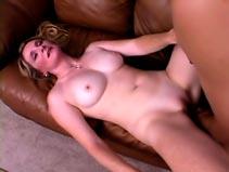 Blonde mature sauter